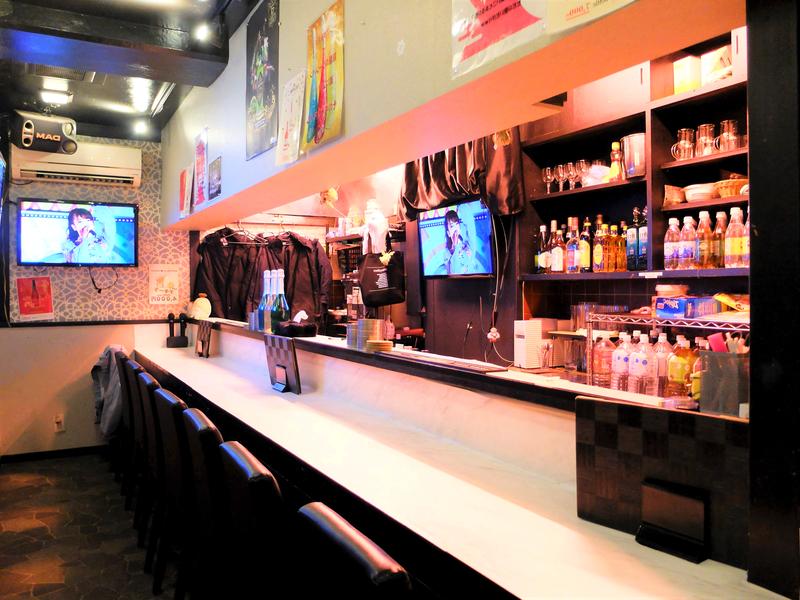 Girls Bar Marin